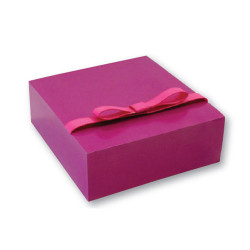 pink-flat-packed-gift-box